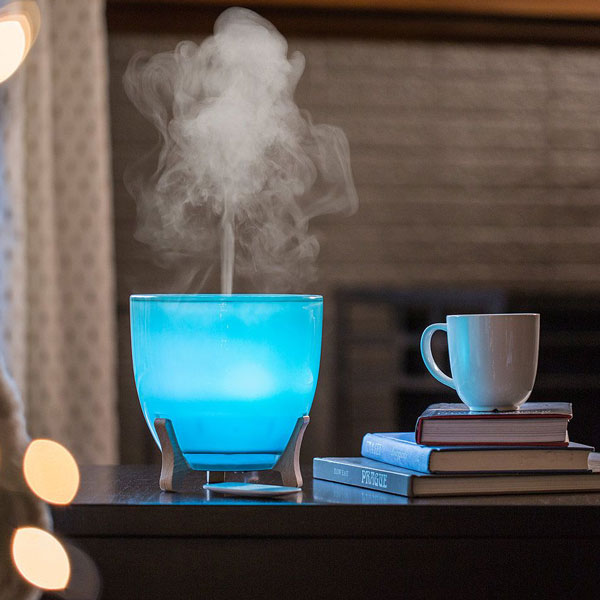 Ellia Aspire Ultrasonic Diffuser with blue light